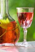 Portuguese rose wine — Stock Photo