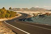 Desert Road in Corralejo, Spain — Stock Photo
