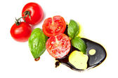 Fresh tomato with balsamic vinegar — Stock Photo