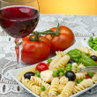Pasta salad with mozzarella — 图库照片