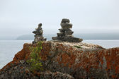 Stone marker inukshuk — Stock Photo
