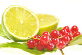 Red currant and lemon — Stock Photo