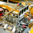 Powerful hot-rod engine bay with a large number of chromed parts — Stock Photo #5715626
