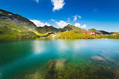 Lake and mountain (Balea Lake in Romania) — Foto Stock