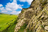 Huge cliff in Parang mountains in Romania — Stock Photo