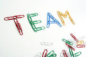 Teamwork formed with colored paper clips — Stok fotoğraf