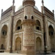 Corner view of Safdarjung Tomb — Stock Photo #6183711