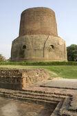 Dhamekh Stupa in Saranath — Stock Photo