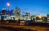 Crepuscolo industriale — Foto Stock