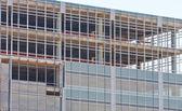 新しいスチールとガラスの建設 — ストック写真