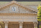 Country Courthouse Clock — Stock Photo