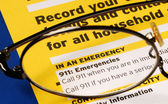 Provide the contact information in case of emergency — Stock Photo