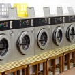 Laundry shop — Stock Photo #5523823