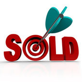 Sold - Arrow in Word Bullseye - Done Deal Transaction — Stock Photo