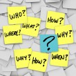 Questions and Question Mark - Sticky Note Confusion - Foto Stock