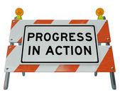 Vooruitgang in actie - weg barricade verbetering en verandering voor f — Stockfoto