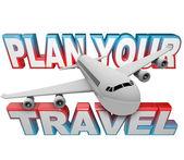 Planen sie ihre reise reiseroute worte flugzeug hintergrund — Stockfoto