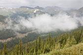 Vale de montanhas rochosas — Foto Stock