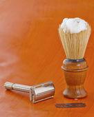 Brush and razor — Stock Photo