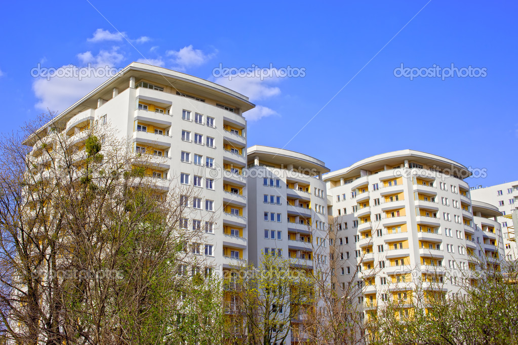 Brand new contemporary apartment building architecture — Stock Photo #5766760