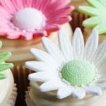 Wedding cupcakes — Stock Photo