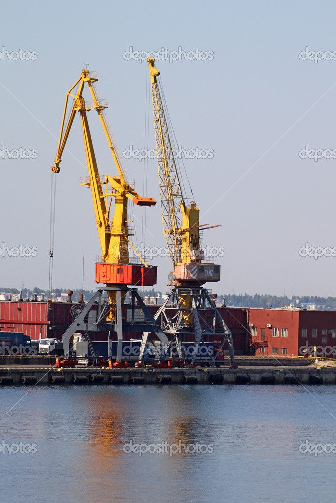 Odessa seaport, Ukraine — Stock Photo #6735312