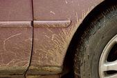泥泞的车 — 图库照片