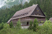 Old traditional house in the mountains — Stock Photo