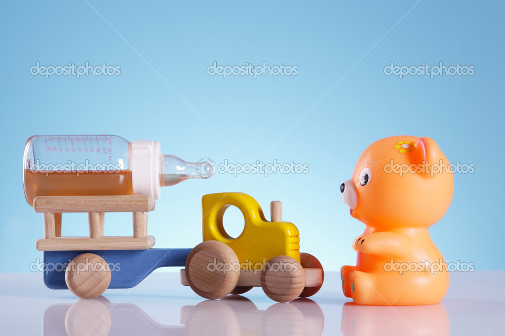 Toys for babys, bear, duck and other colorful toys — Stock Photo #5397936