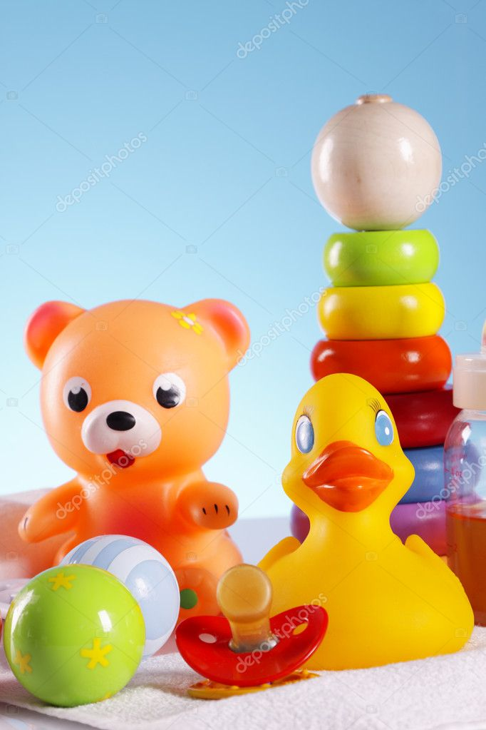 Toys for babys, bear, duck and other colorful toys — Stock Photo #5397962