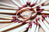 Wedding golg rings — Stockfoto