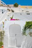 Classic white architecture of Santorini, Greece — Stock Photo