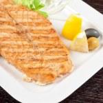 Grilled salmon steak — Stock Photo #5985298