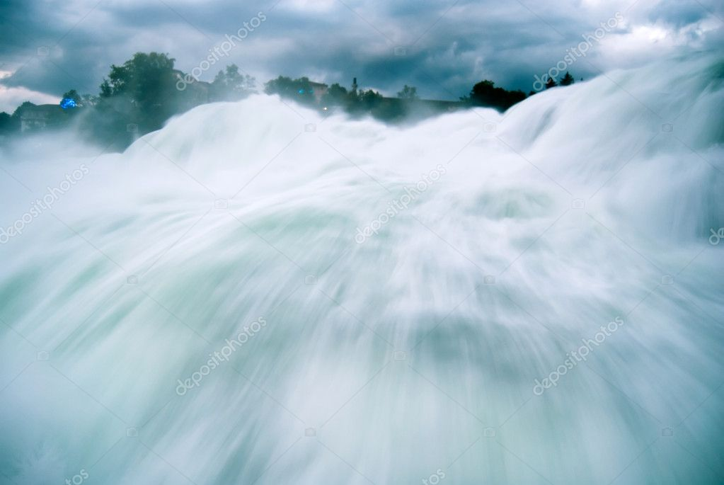 Schaffhausen waterfall - Europes largest waterfall, Switzerland — Stock Photo #6387569