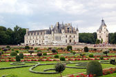 Chenonceau - castillo y el jardín — Foto de Stock