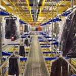 Italian clothing factory - Automatic warehouse — Stock Photo #6493558