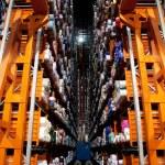 Italian clothing factory - Automatic warehouse — Stock Photo #6493813