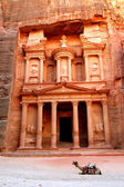 Petra, The Treasury — 图库照片