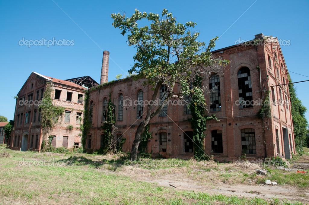 Ancienne usine avaient photographie 6623592 - Acheter ancienne usine ...