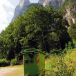 Rubbish bins to keep clean the mountains (Dolomites, Italy) — Stock Photo