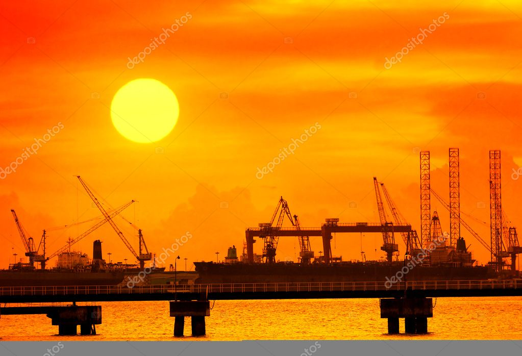Cranes in remontowa dockside  Stock Photo #5428041