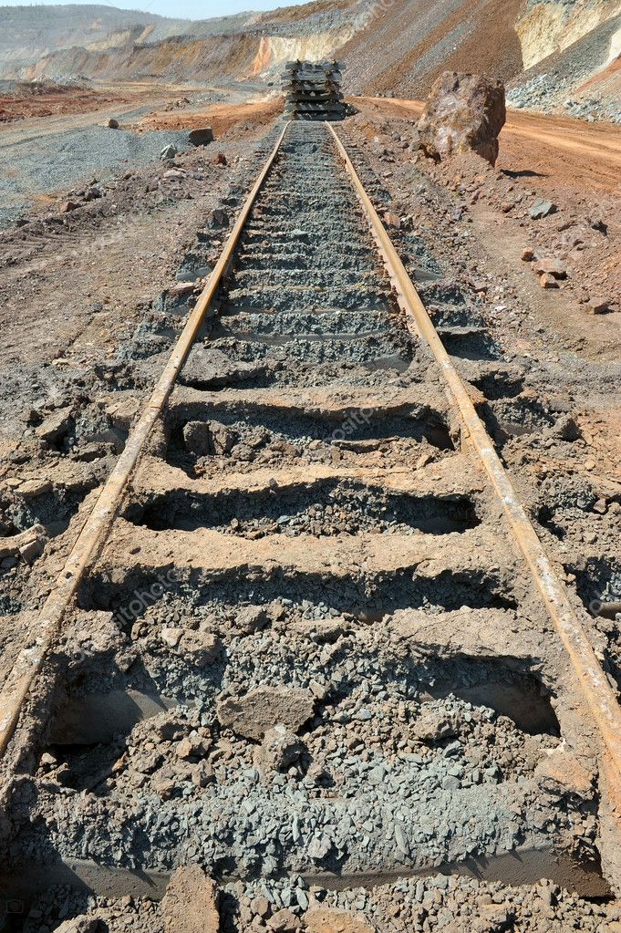 Dismantled railway in iron-career — Stock Photo #5993255