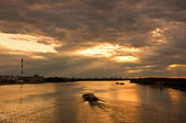 Sunset at Danube river — 图库照片