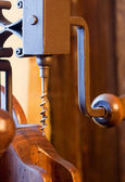 Sacacorchos de madera antiguo — Foto de Stock