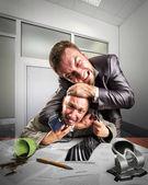 Empresarios luchan por firma de acuerdo — Foto de Stock