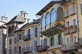 Domodossola, włochy - średniowieczne domy — Zdjęcie stockowe