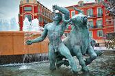 Fountain in Plaza Massena square, Nice — Stock Photo