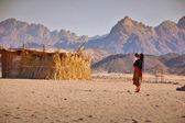 Bedouins in the desert in Egypt — Stock Photo