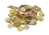 Lampe magique pleine de pièces d'or — Photo
