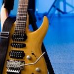 tonda akçaağaç elektro gitar kapatmak — Stok fotoğraf #5728613